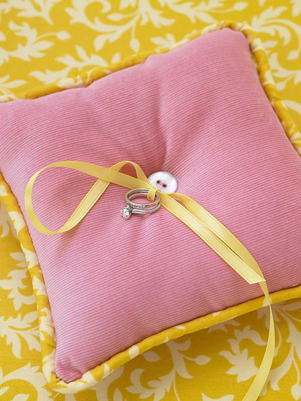 DIY Projects ring pillow