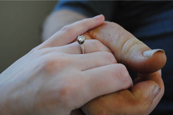 Engagement Ring Shopping: tips to save on engagement rings