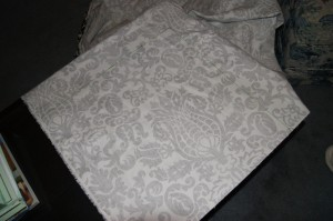 DIY Fabric Table Squares