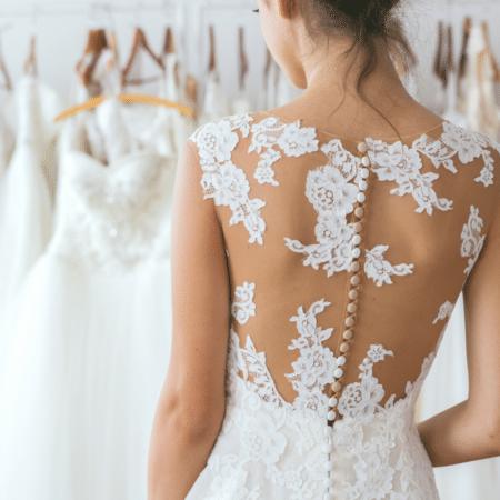 score a cheap wedding dress
