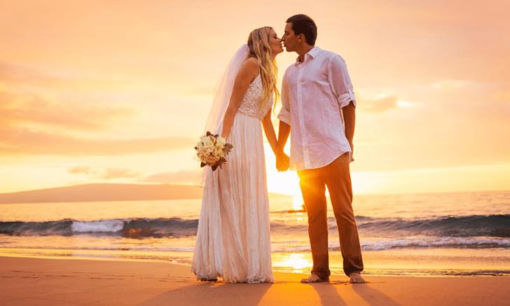 destination wedding - image via Canva