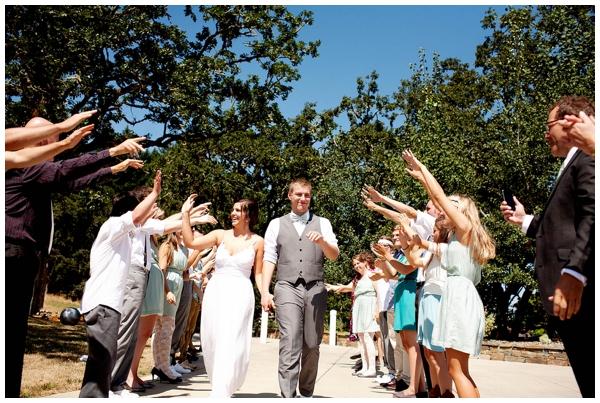gorgeous-backyard-diy-wedding_0025
