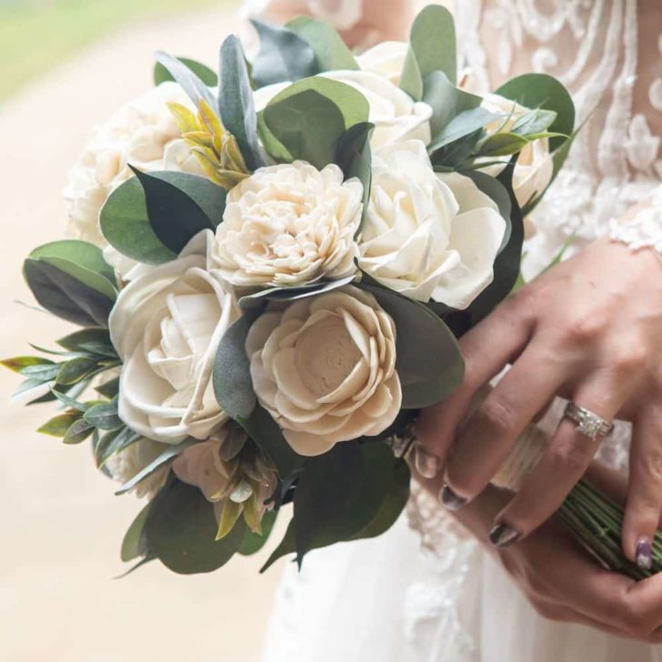 sola wood wedding flowers