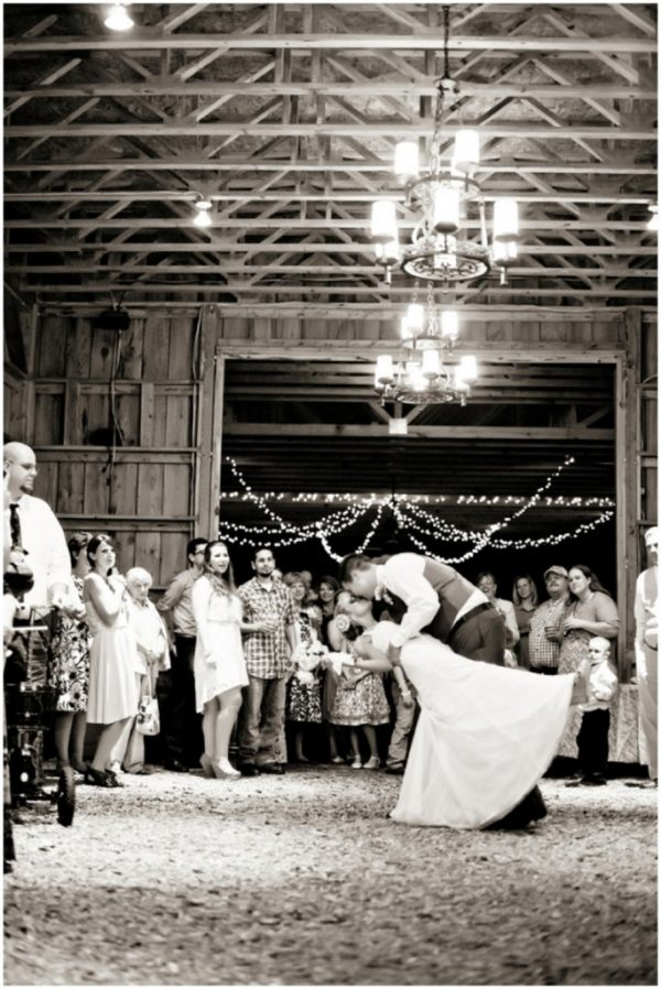 romantic dance - barn wedding