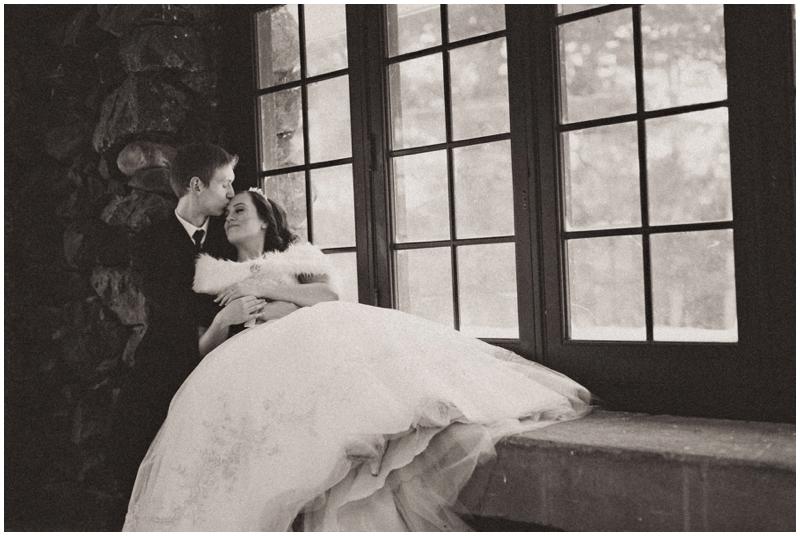 www.james-stokes.com romantic winter wedding inspiration