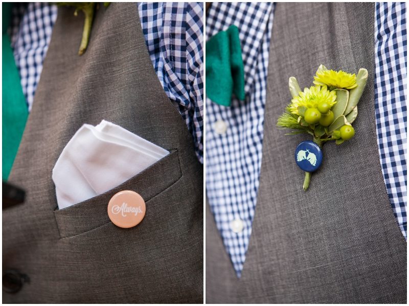 wedding buttons / boutonnieres