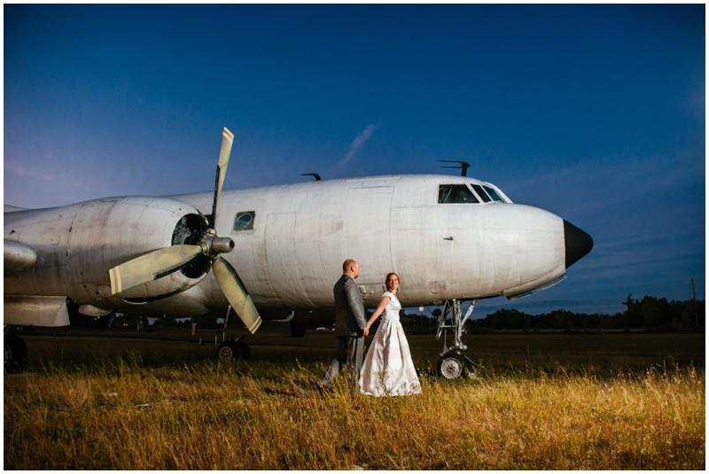 airport wedding photos