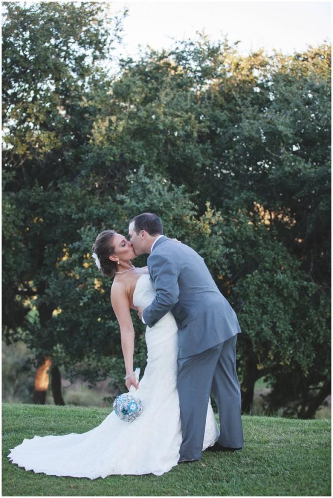 wedding kiss - *swoon*