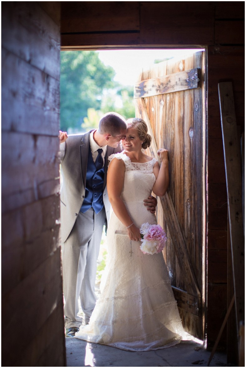 rustic barn couple photo
