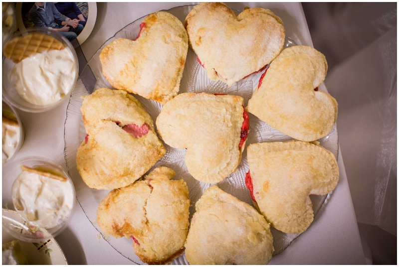 miniature heart pies