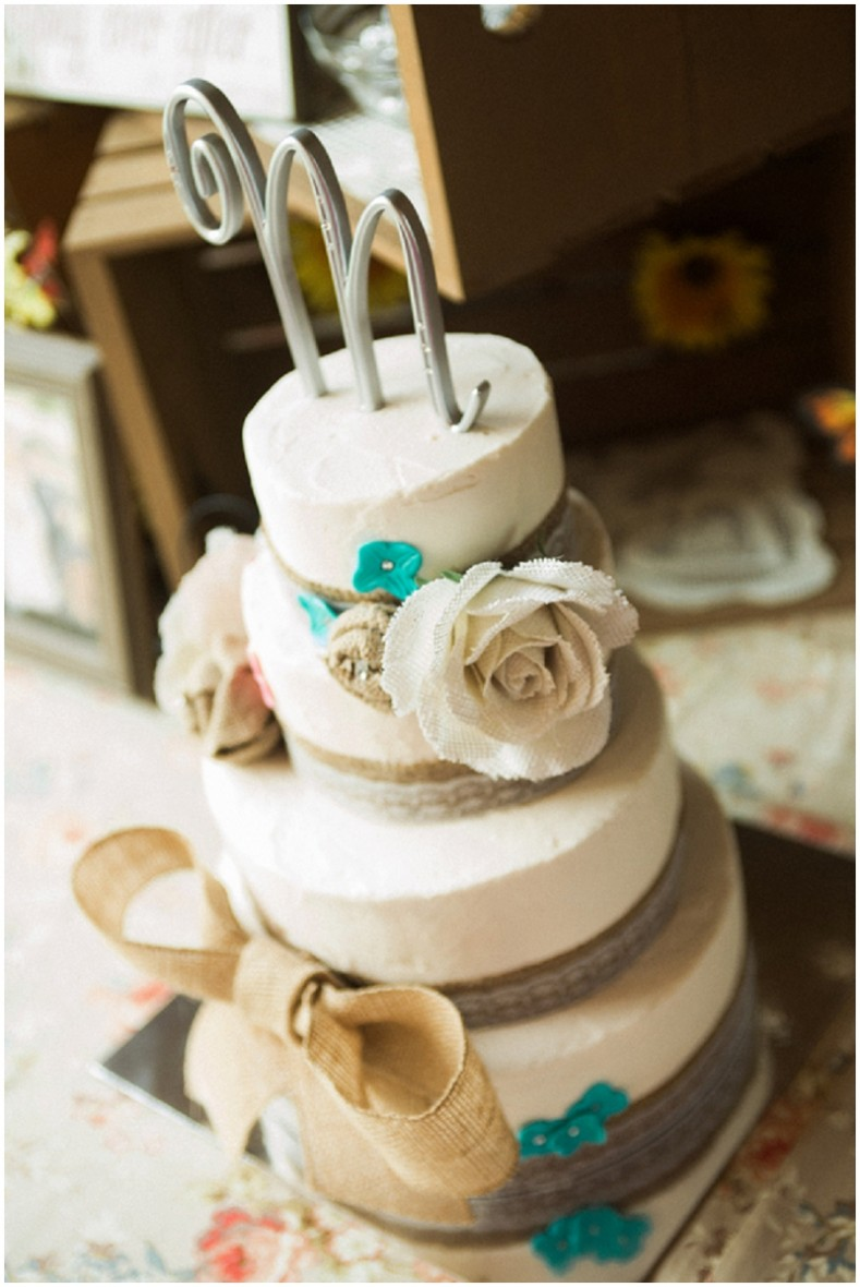 wedding cake with burlap accents