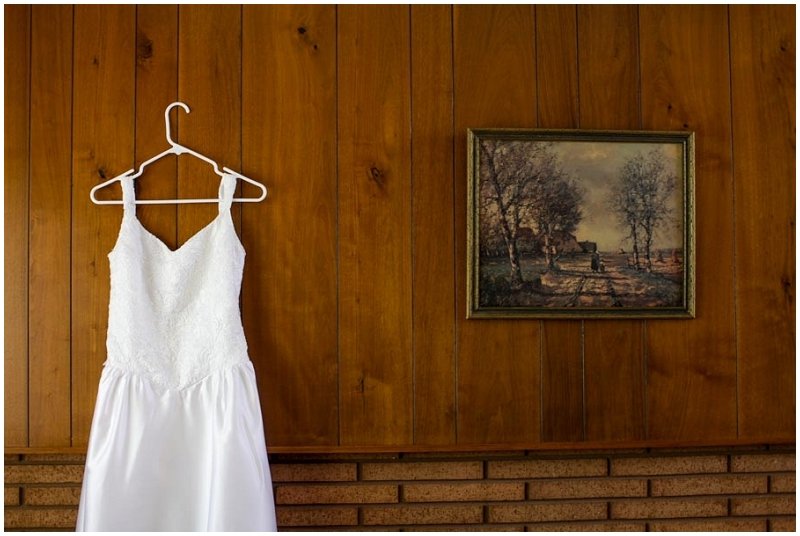 wear your mother's wedding dress