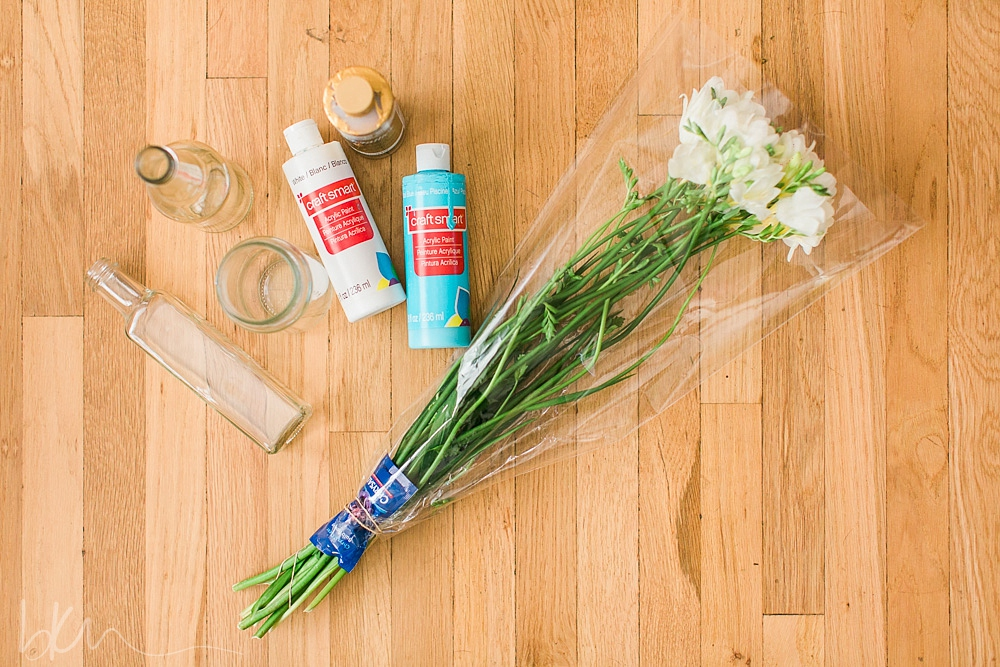 painted bottle centerpiece supplies
