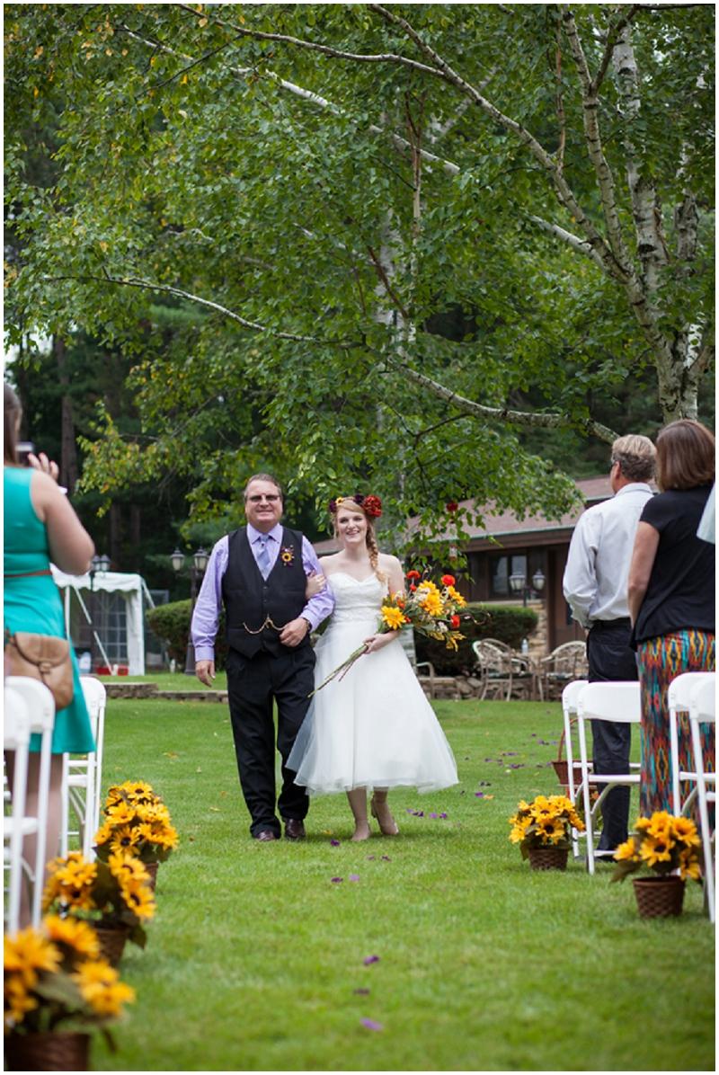Rustic Woodlands Wedding (9)