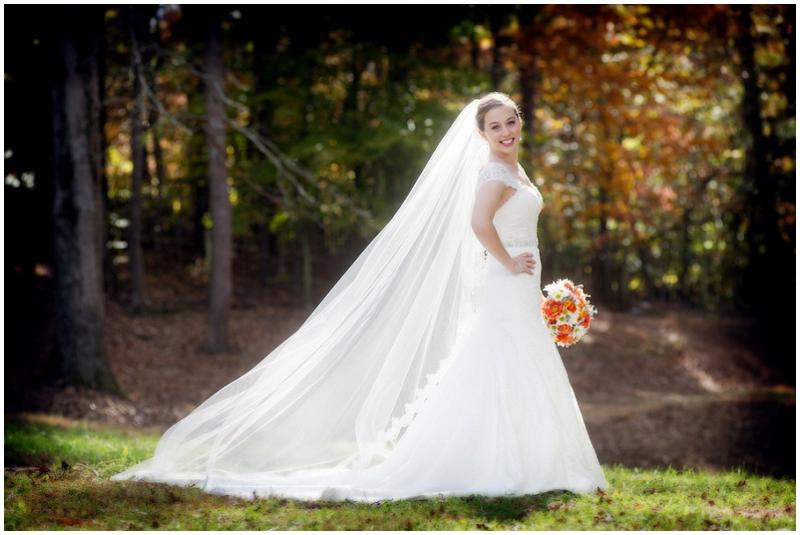 outdoor fall wedding photos