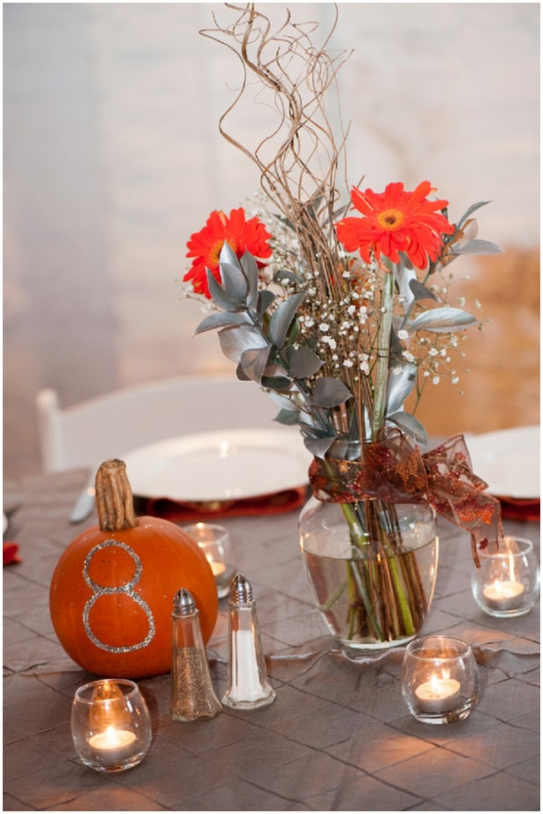 autumn reception decor