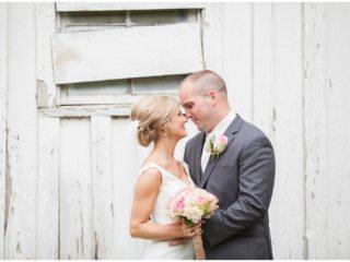 antique barn wedding photos
