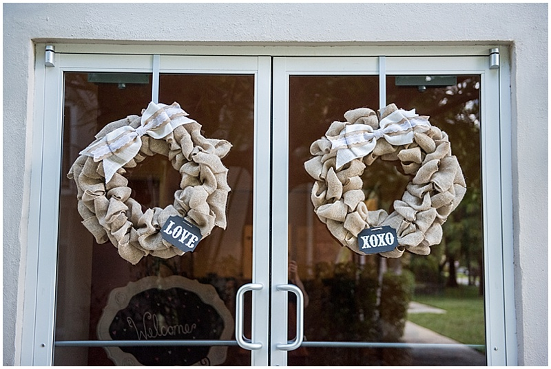 burlap wedding wreaths