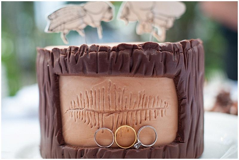 log shaped wedding cake