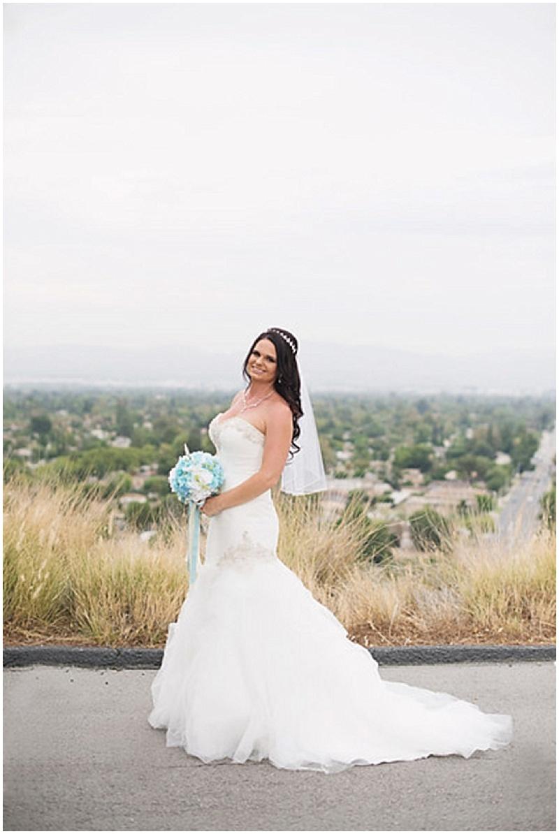 bride outdoor photos