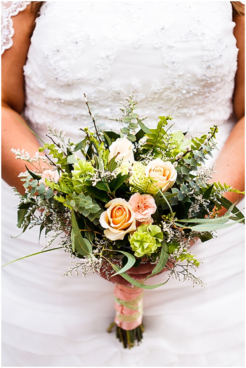 green and peach wedding bouquet