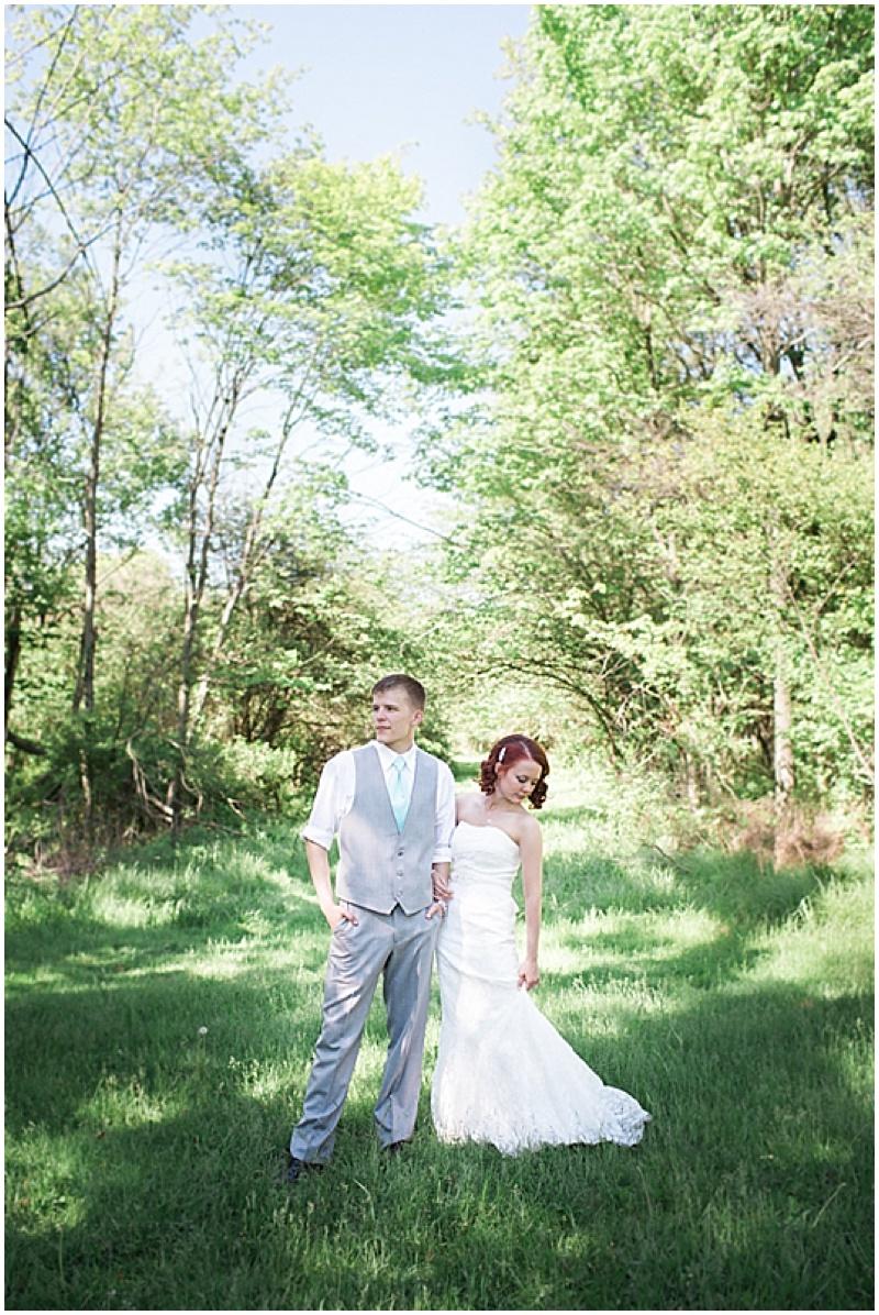 spring outdoor wedding photos