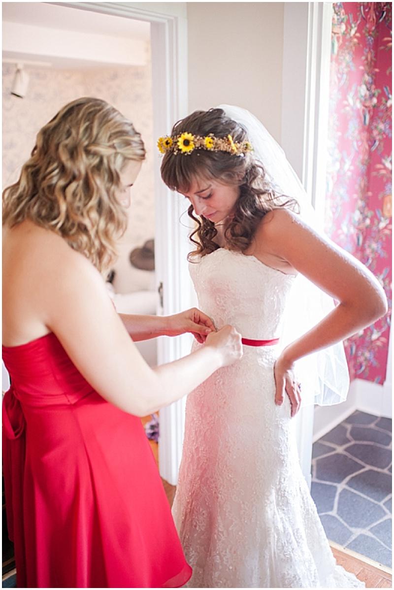bride getting ready photosbride getting ready photos