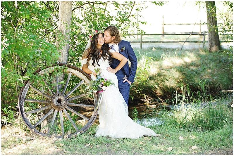 wagon wheel wedding photos