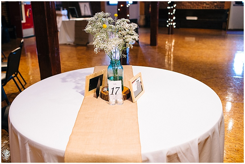 wood circle wedding reception decor
