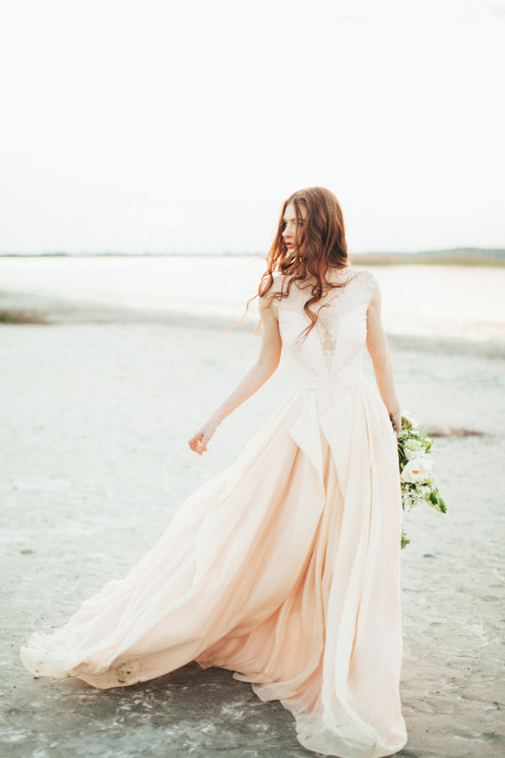 Carousel Fashion - Etsy Wedding Dress