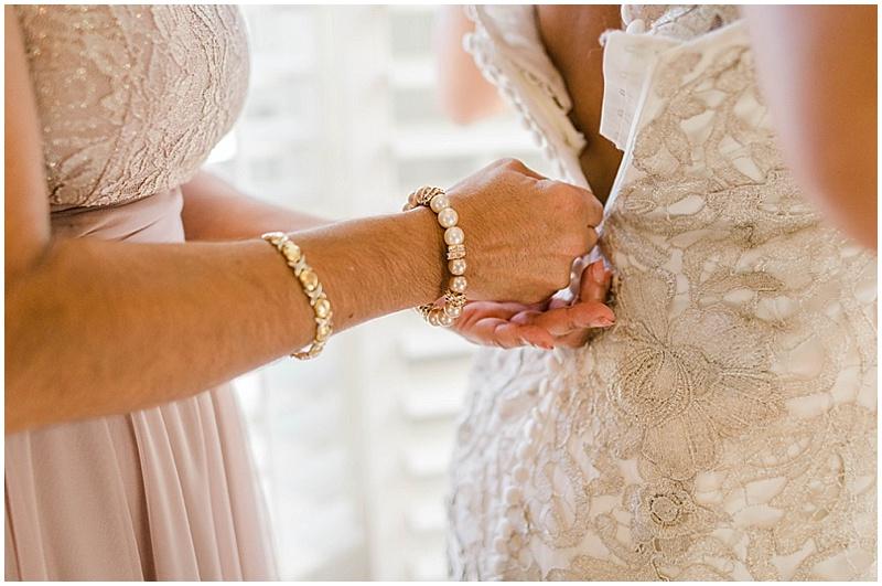 zip up wedding dress