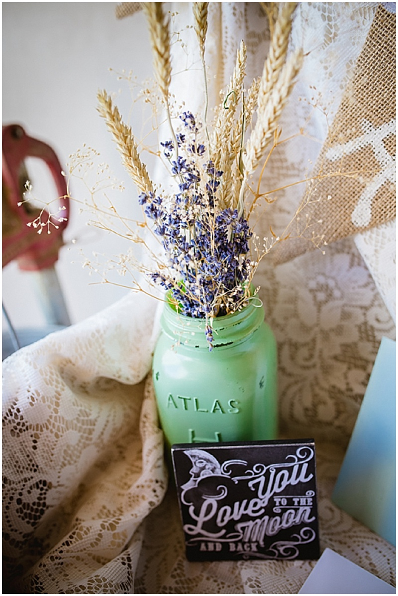 lavender wedding decor