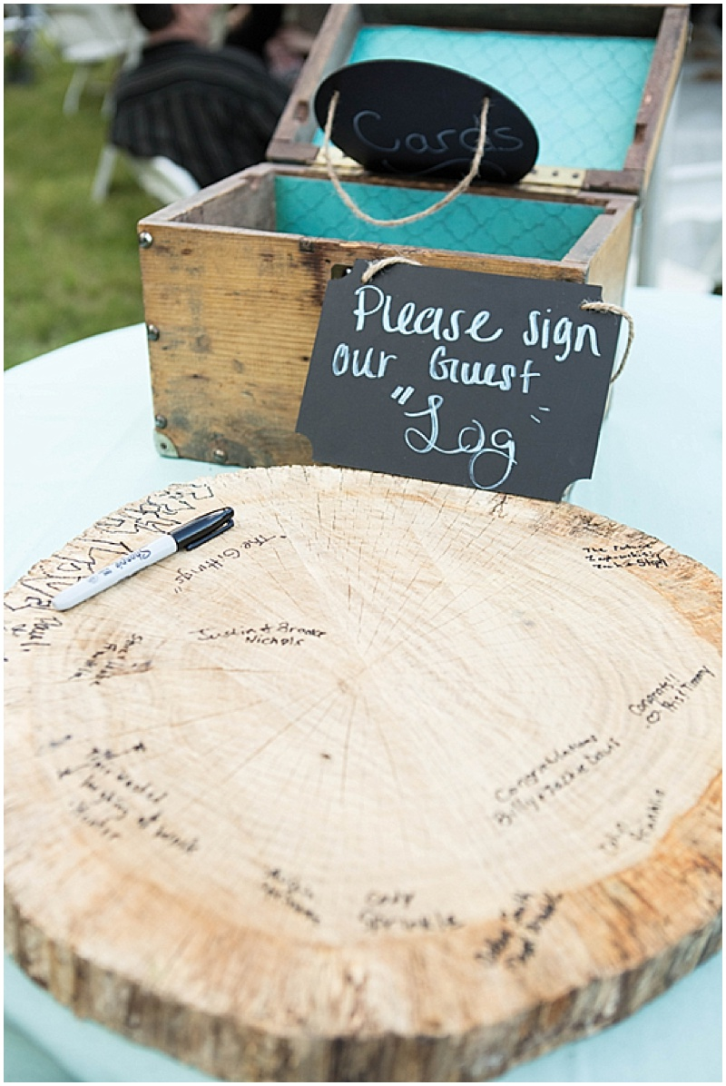 Rustic Wedding with Teal Details_036