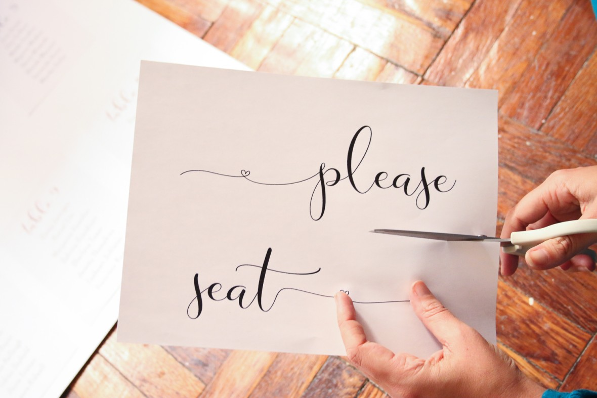 DIY Seating Chart with Chalk Ink Markers