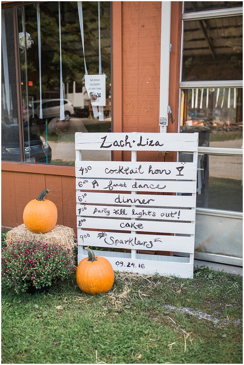pallet wedding signage