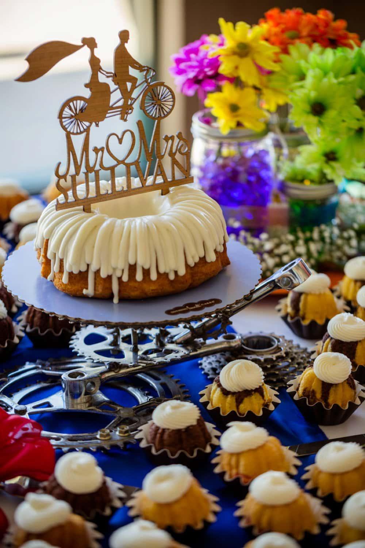 wedding cake, cake topper, DIY dessert table