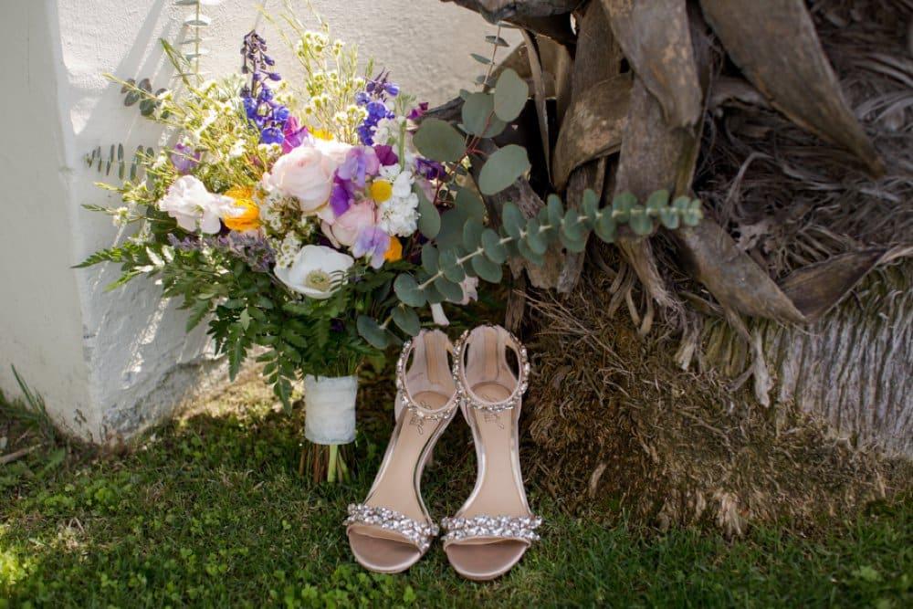 boho classic cailfornia wedding, wedding flowers, bouquets, shoes