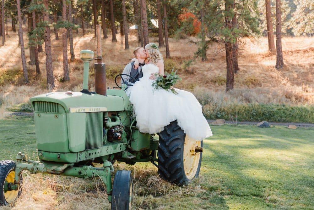 bride and groom, barn wedding