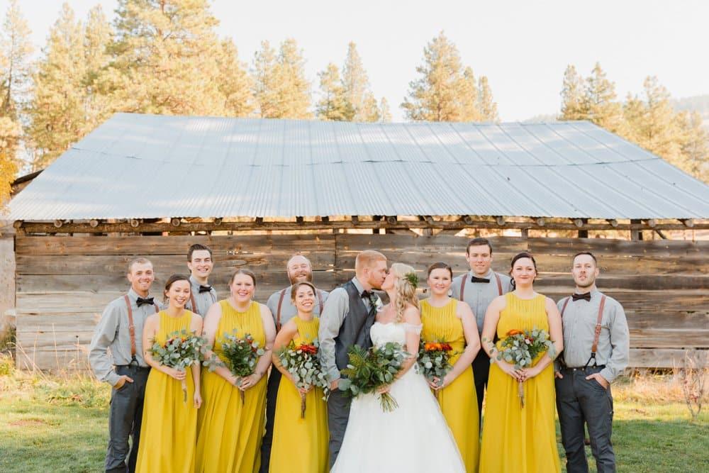 bridal party, diy wedding bouquets, barn wedding