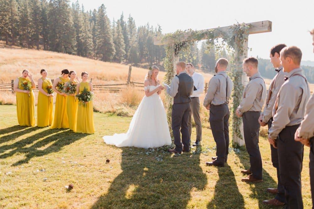 diy fall wedding, diy wedding altar