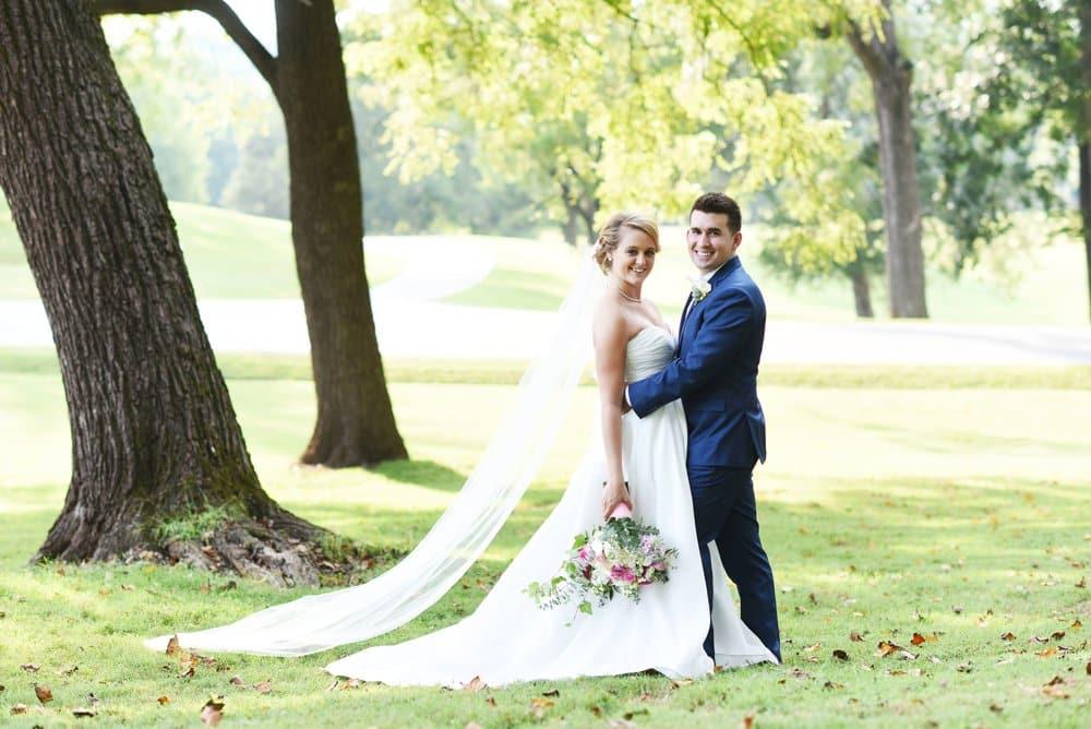 outdoor wedding photos, bride and groom