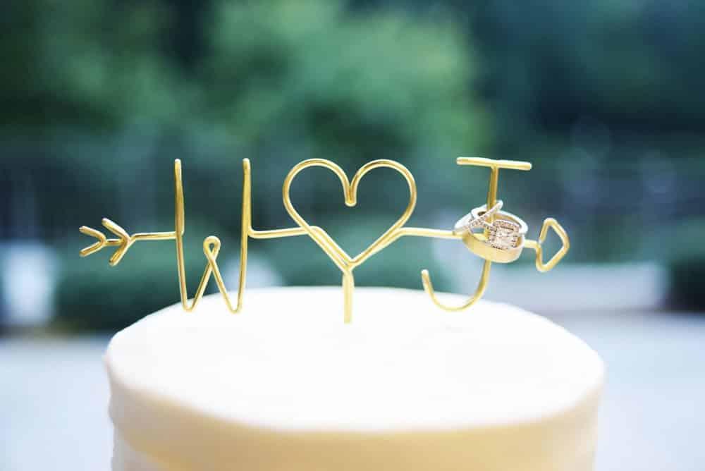 wedding cake, wedding topper, ring shot