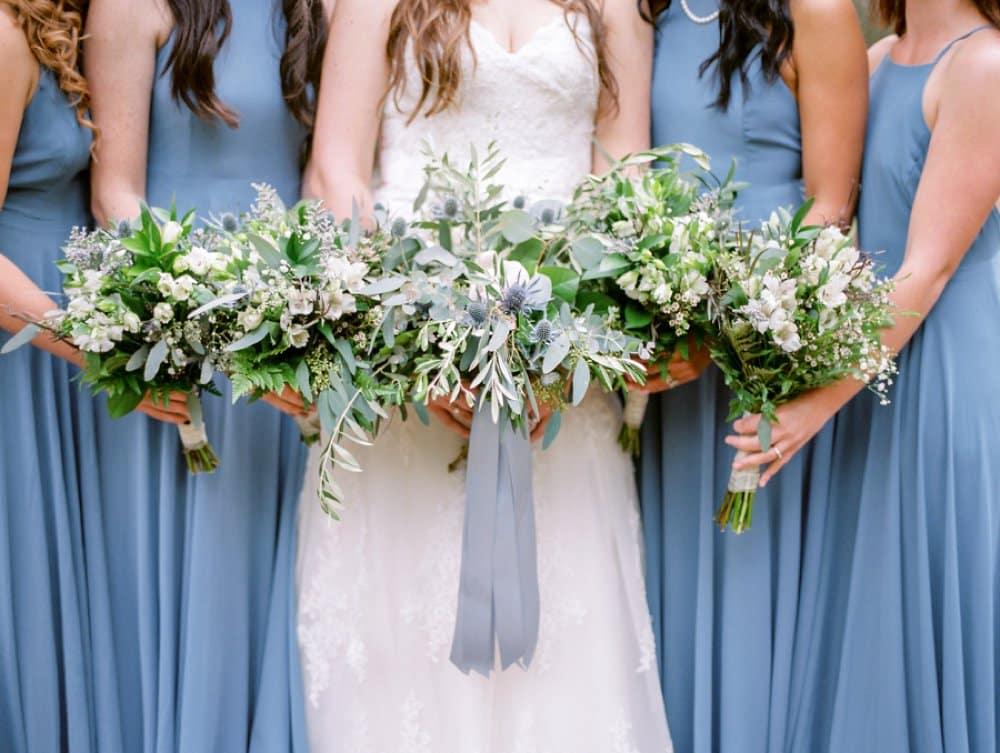 wedding style, bridesmaid photos,wedding bouquets