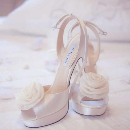 Shop Affordable Wedding Accessories in The Budget Savvy Bride Shop!