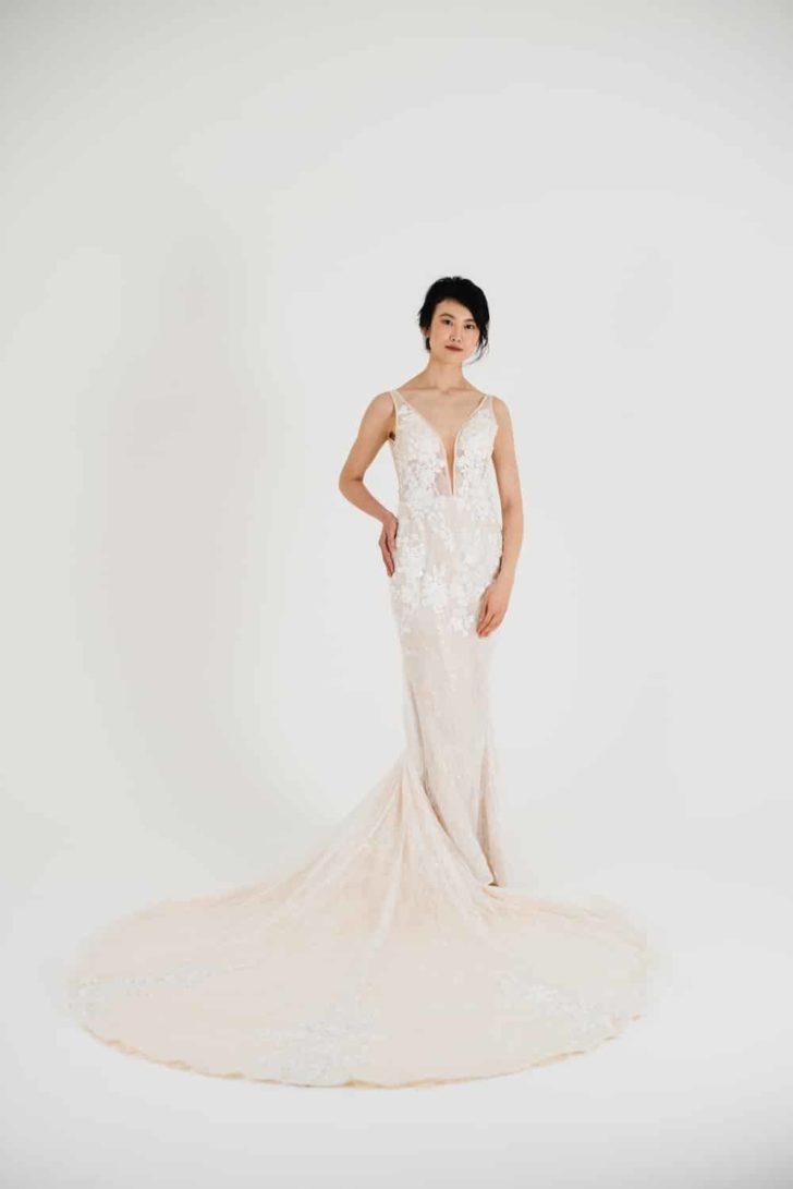 lyra vega thea dress
