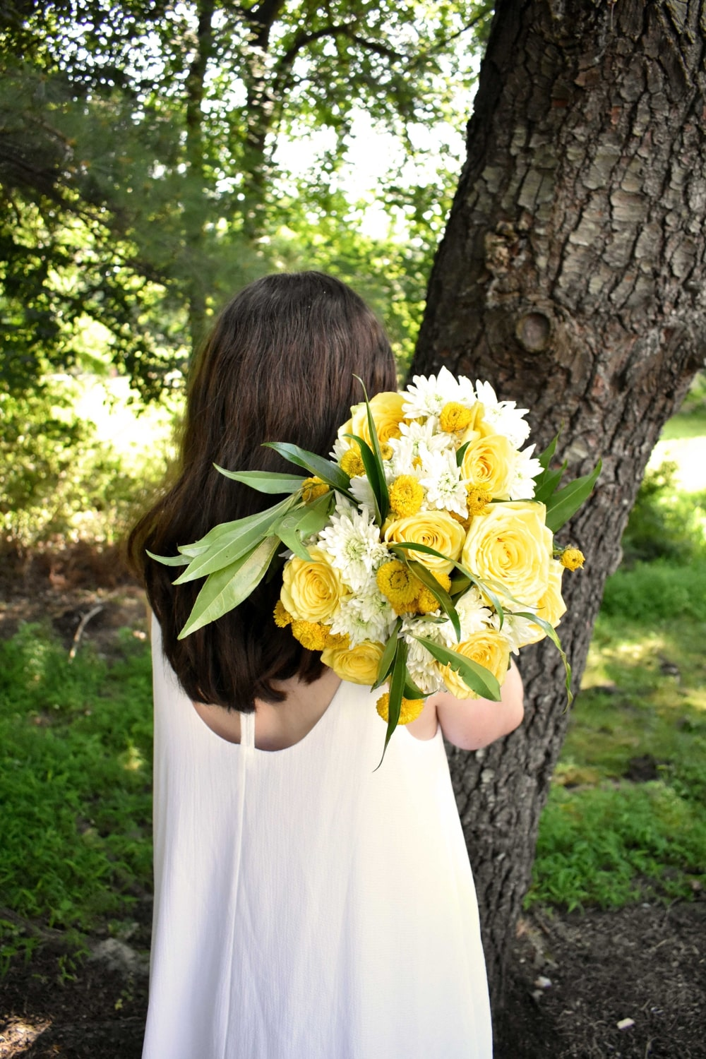 sunny yellow wedding inspiration blooms by the box