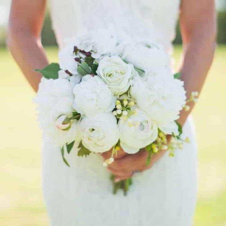 Something Borrowed Blooms - Audrey Bridal Bouquet - Silk Flower Wedding Bouquet for Rent
