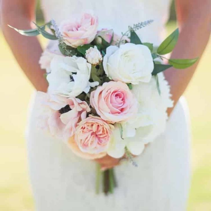 Something Borrowed Blooms - Charlotte Bridal Bouquet - Silk Flower Wedding Bouquet for Rent