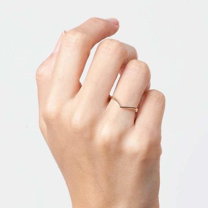 aurate brooklyn bridge ring   Delicate Jewelry   Dainty Wedding Jewelry   Simple Wedding Accessories   Minimalist Wedding Band