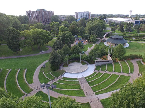 Veterans' Memorial Amphitheater in St. Louis Park, MN